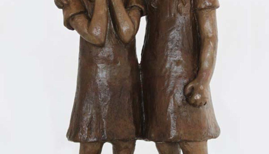Sculpture bronze compassion d'enfant